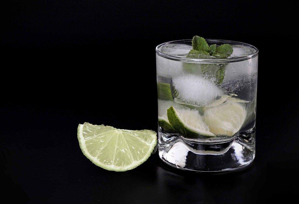 Mezcal, uno de los 3 productos mexicanos favoritos en el extranjero